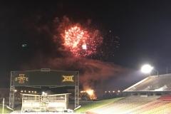 Fireworks 25 - web